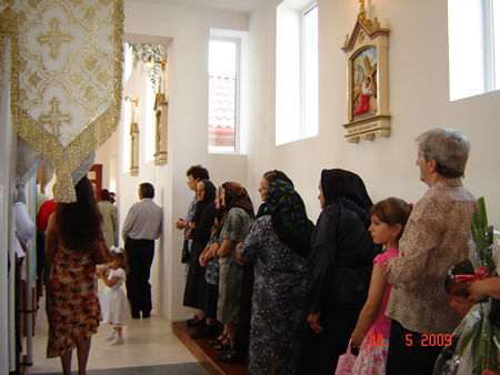 Waiting in line for confessing.(The parents, friends and believers)