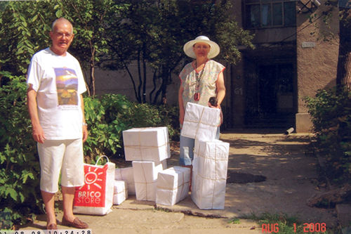 Then Nick is coming with me to the post office to send them to Transylvania, about 500 Km from here.  Nick also brings the boxes from the railway station post office. Always walking because we do not have a car.