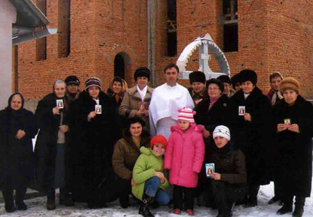 Members of Universal Living Rosary Association of Saint Philomena from village Kluchyvka. This community has a lot of new members and they spread the devotion to Living <a href=